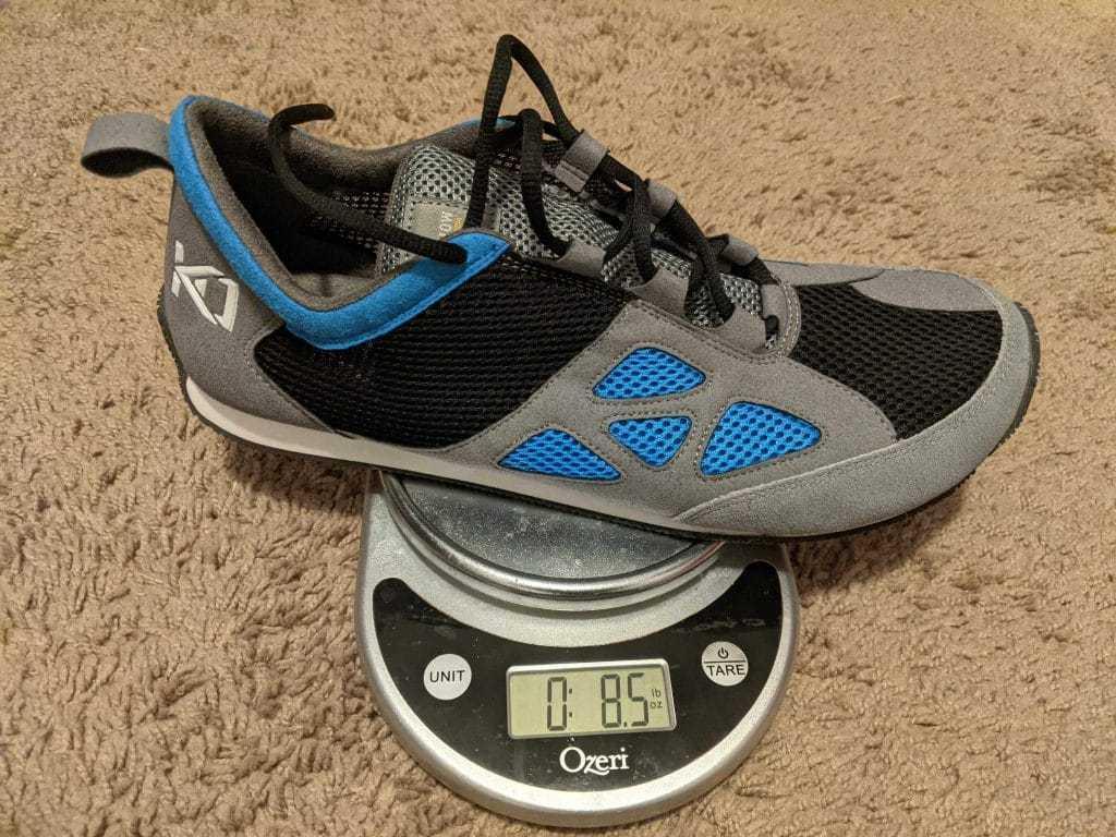 KO Drops 2.0 Parkour Shoes on Scale